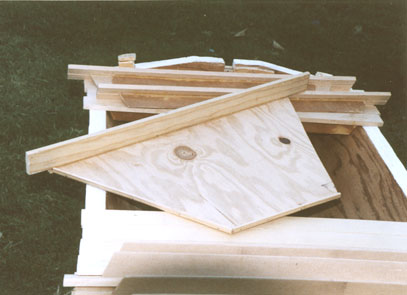 A Kenyan Top Bar Hive (KTBH) in California